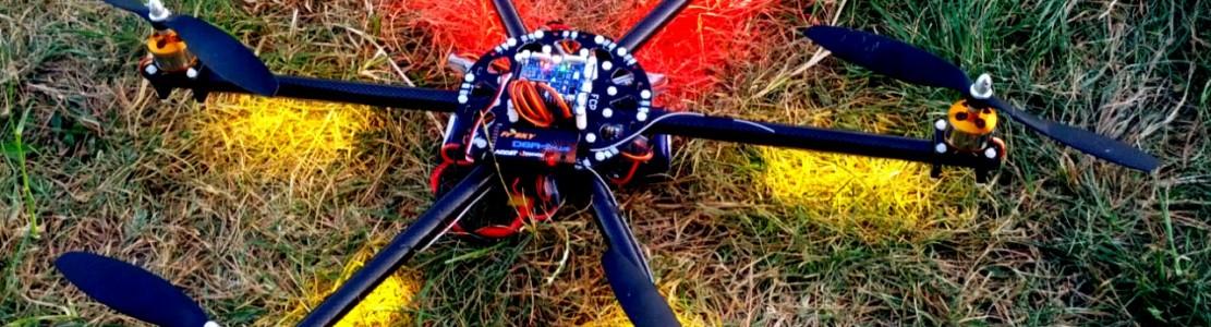Hexakopter mit LED-Beleuchtung und optimierten Kabelsträngen