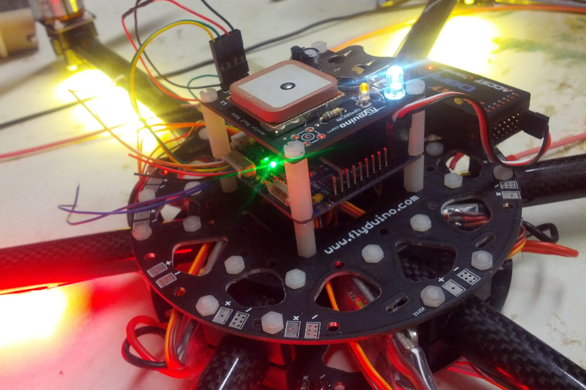 Hexacopter FlightControl mit GPS und Bluetooth