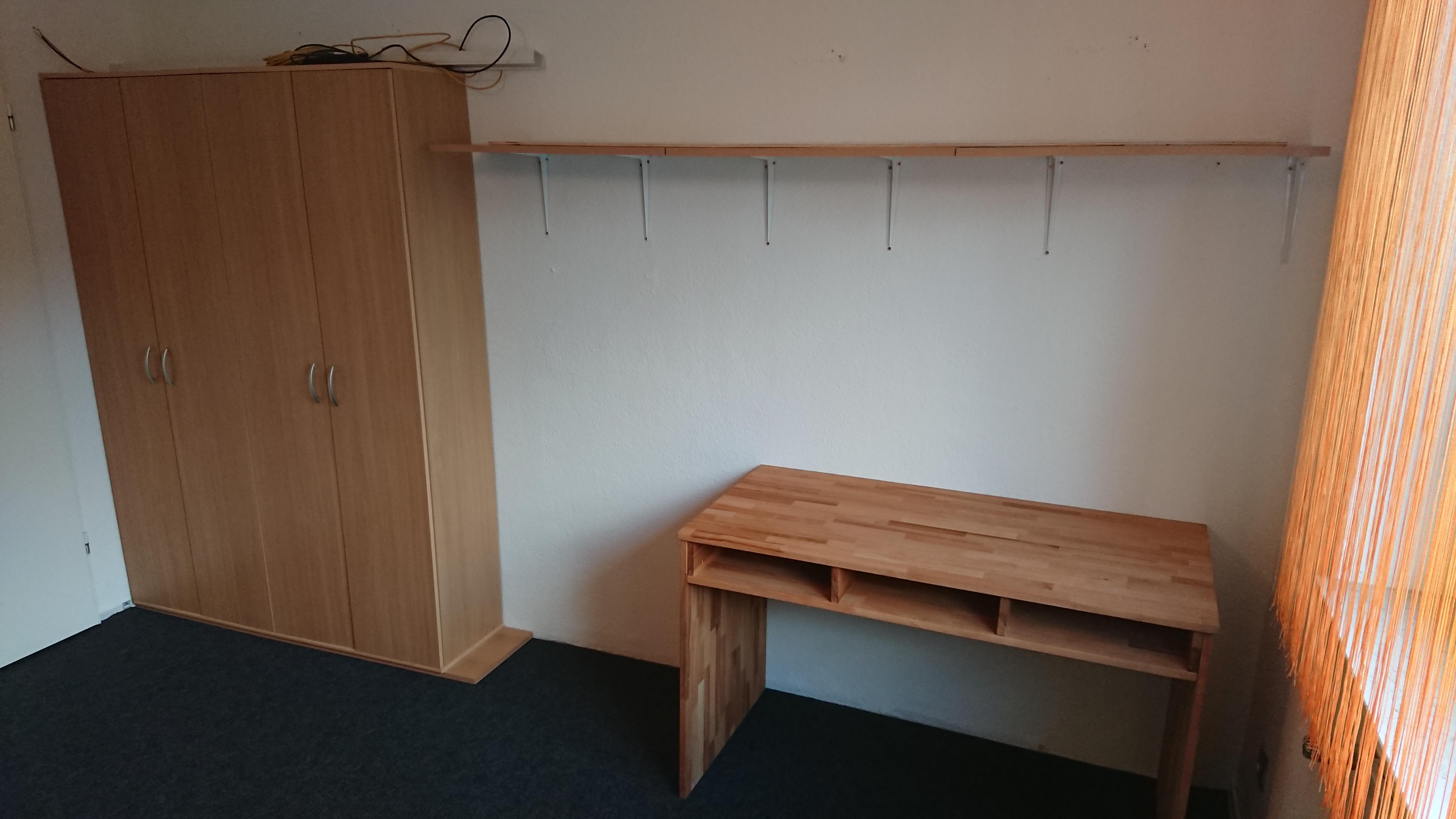 Fertiger Schreibtisch im Kinderzimmer