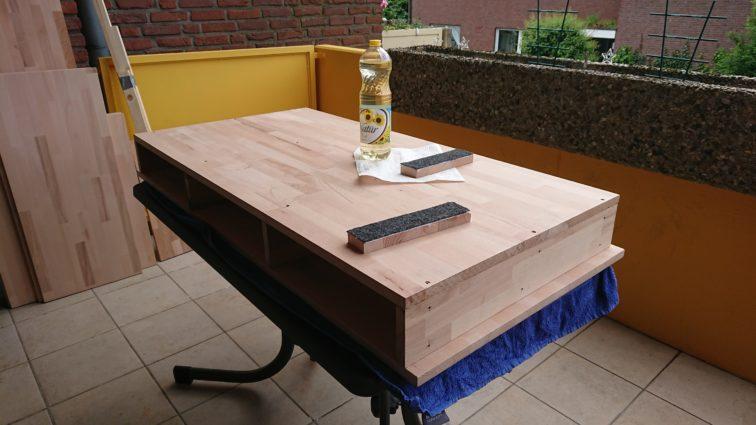 Holz ölen für schönere Optik