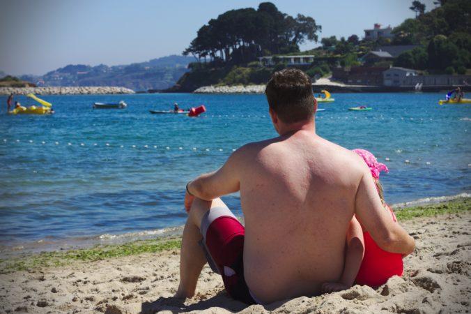 Strandurlaub mit Töchterchen